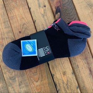 NWT! Victoria's Secret VSX Sport 3-pack Socks